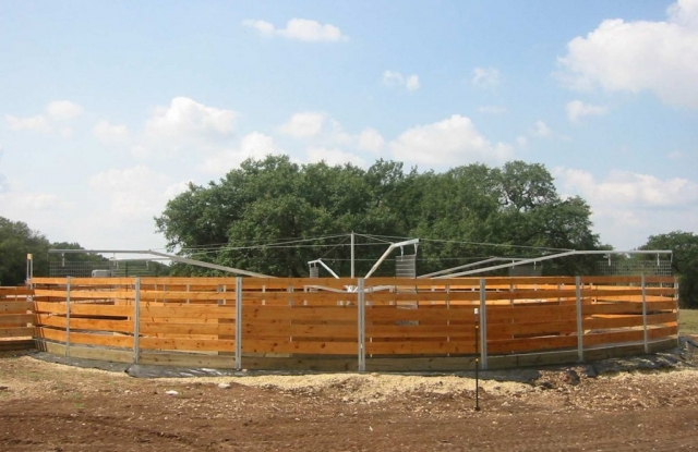 Horse Exerciser Fencing